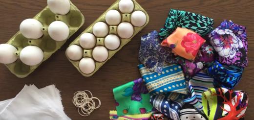 βάψιμο αυγών πασχαλινών με μεταξένια μαντίλια και φουλάρια